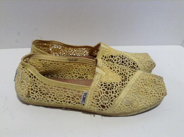 5e76ef16da1 Toms Womens Classic Crochet Slip On Alpargata Shoe Yellow Slip On 8 451112