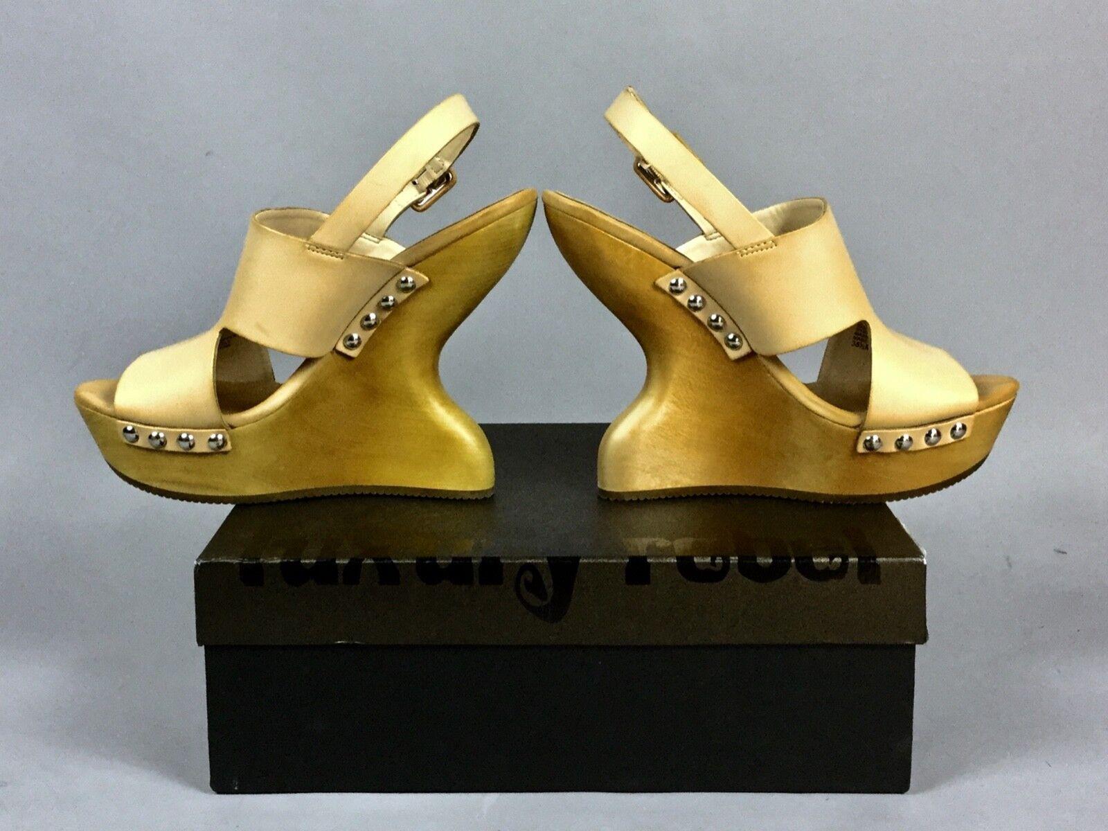 Luxury Rebel Beige Wedges High Platform Silber Metal Peep Toe schuhe Größe 37 NEW