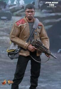 Hot-Toys-MMS345-Star-Wars-Force-Awakens-First-Order-Finn-1-6-Action-Figure