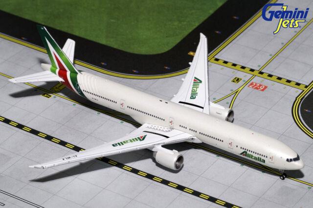 Alitalia 777 300