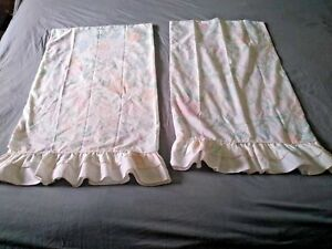 Vintage-Sears-PALE-Pastel-Floral-Pair-Queen-Sz-Pillowcase-Ruffle-Perma-Prest