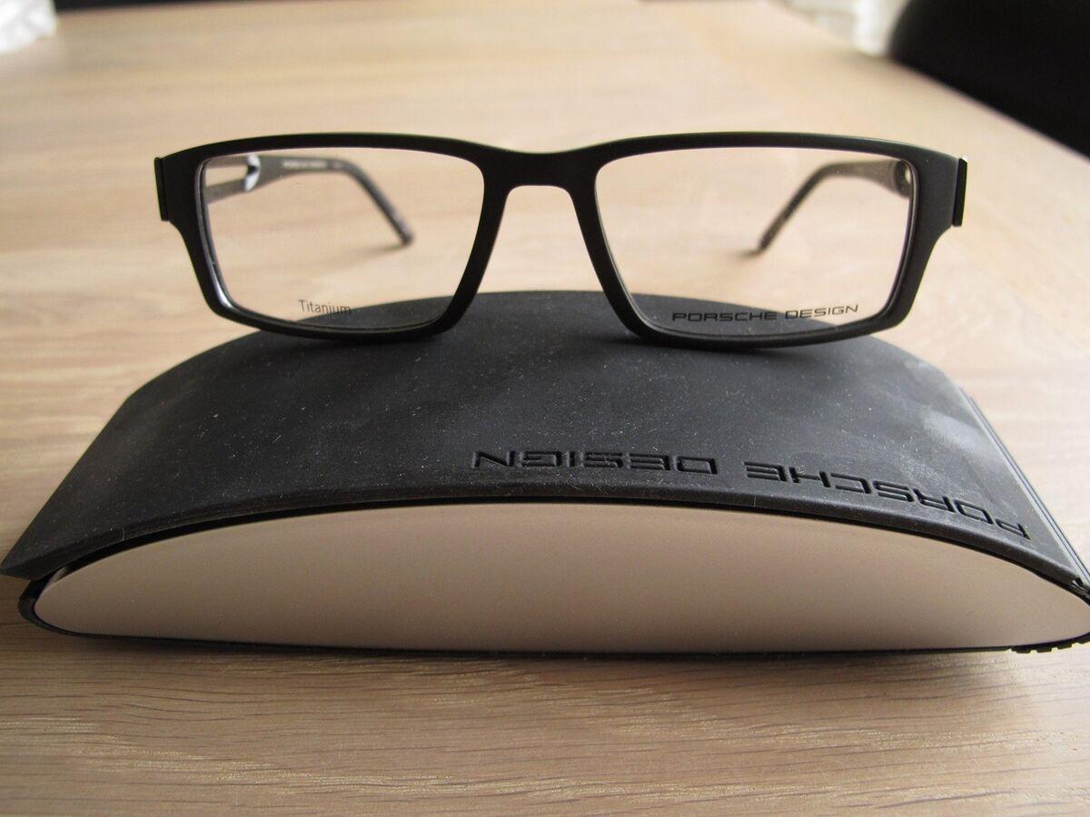 briller porsche design str 52 k b og salg af nyt og brugt. Black Bedroom Furniture Sets. Home Design Ideas