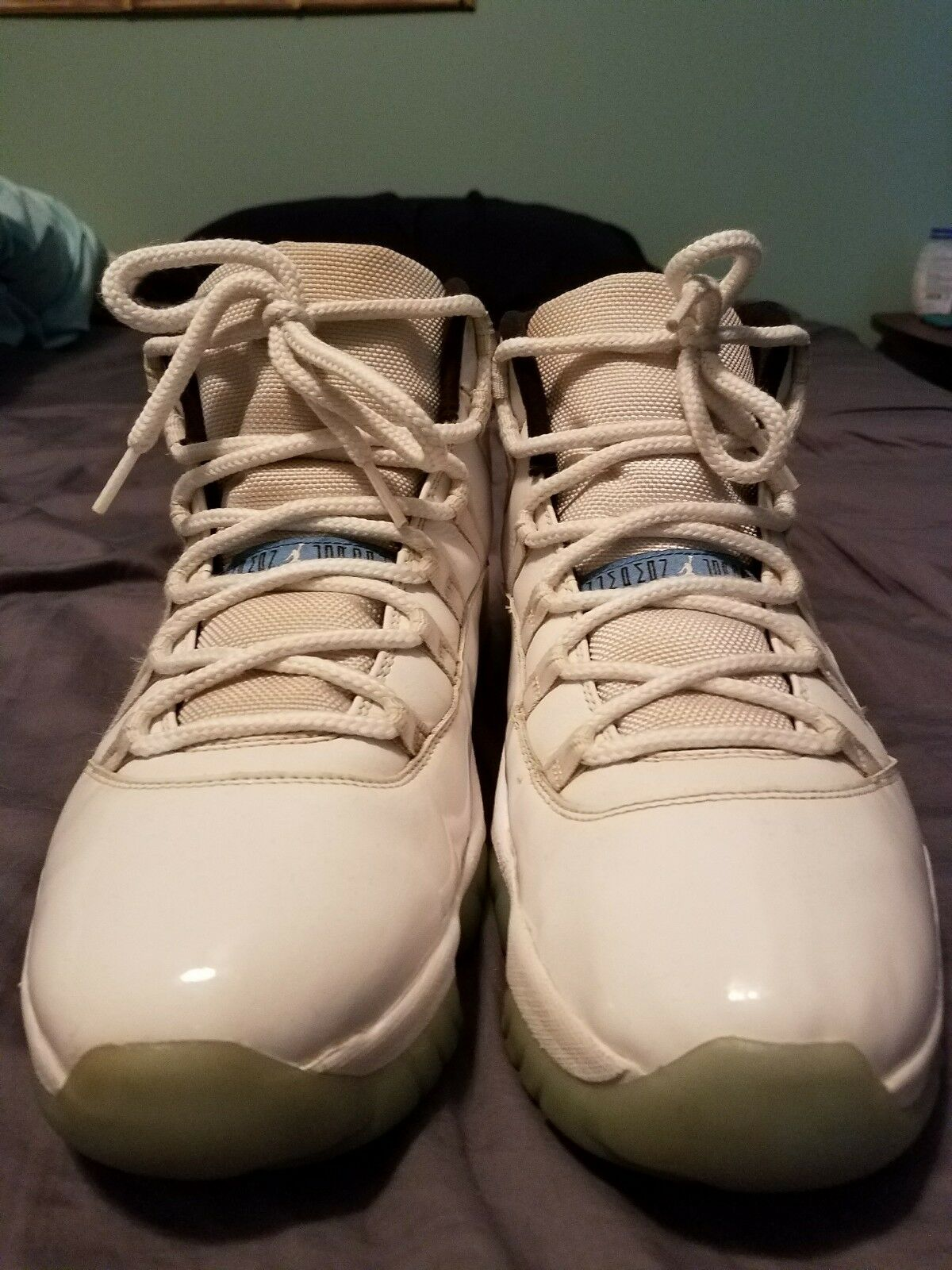 Air Jordan XI Columbia Size 11.5