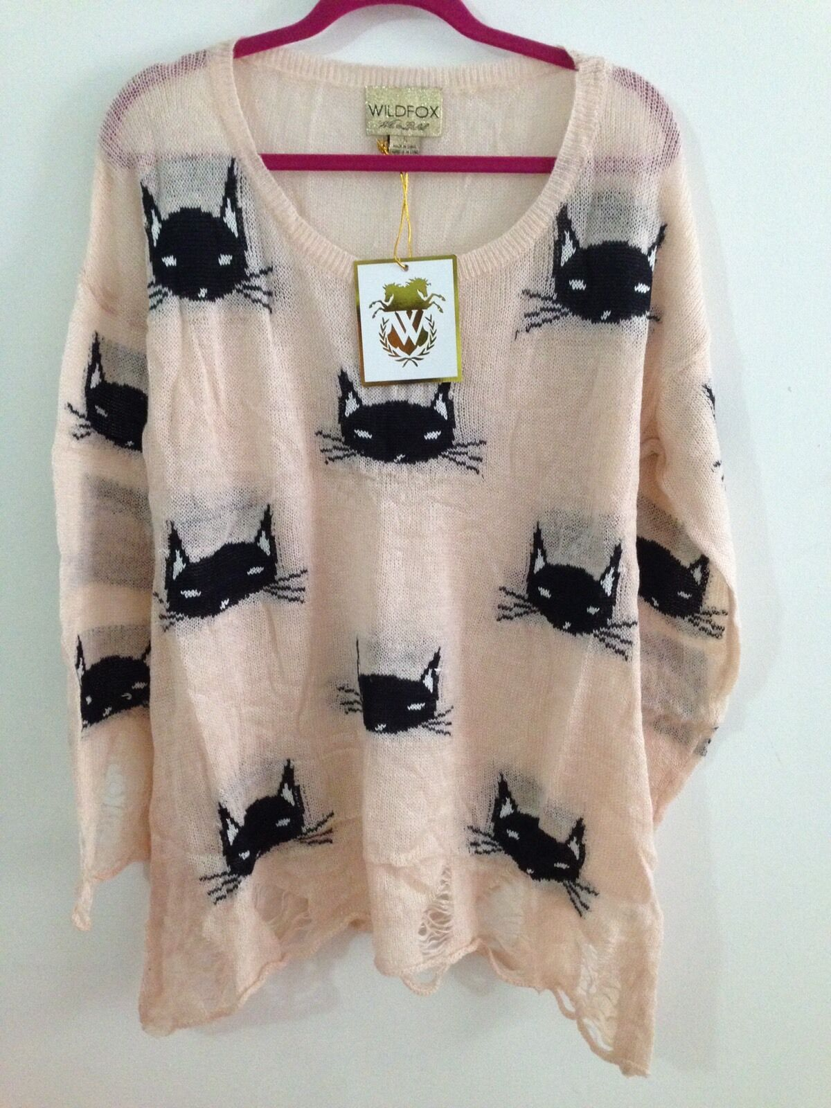 BRAND BRAND BRAND NEW- Wildfox-Women's Oversized Destroyed Kitty Sweater- Pink- OVERSIZED S cb1eb0