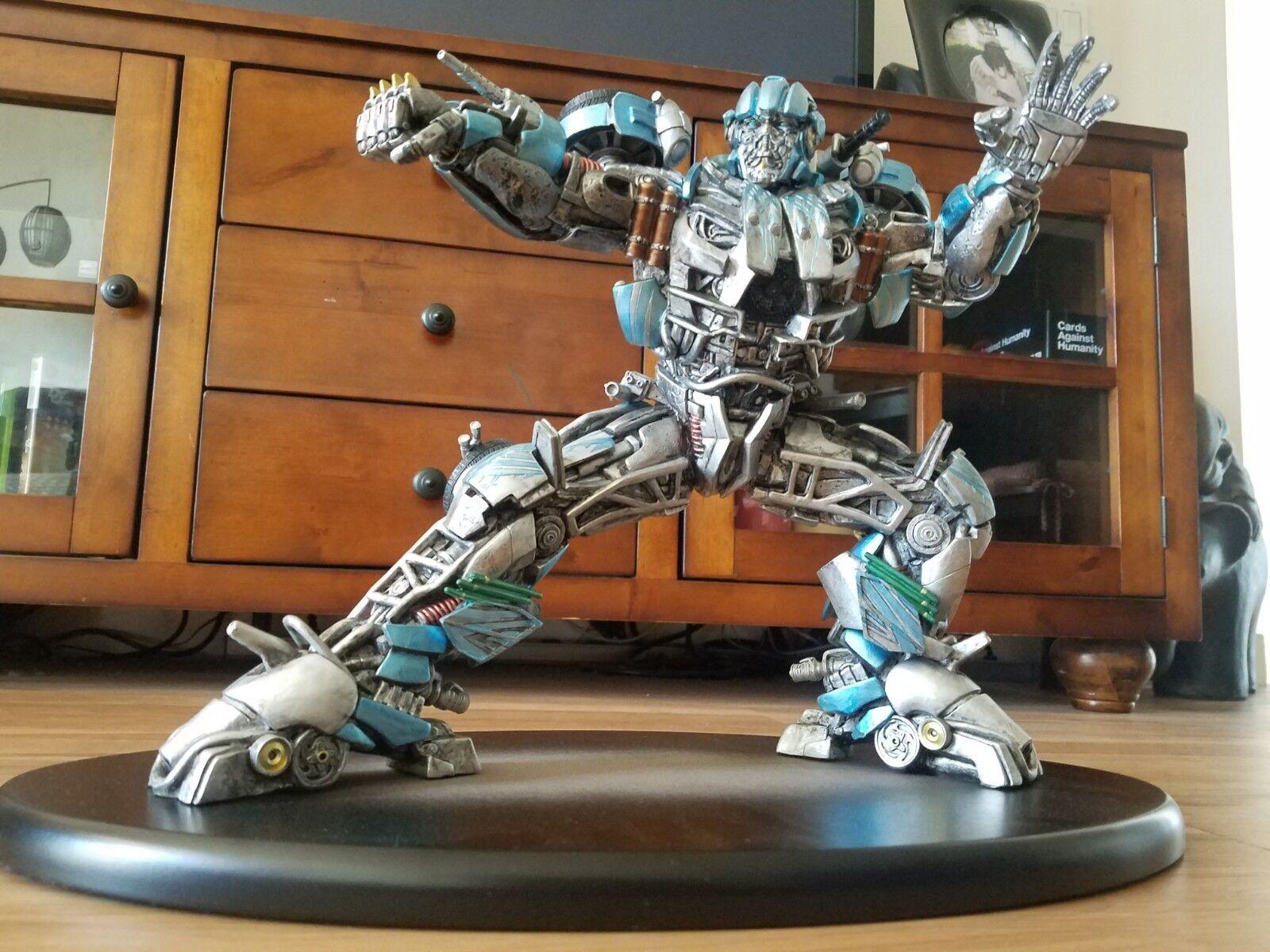 Universal Studios Exclusive Transformers Movie - Evac Statue 12  Statue Figure