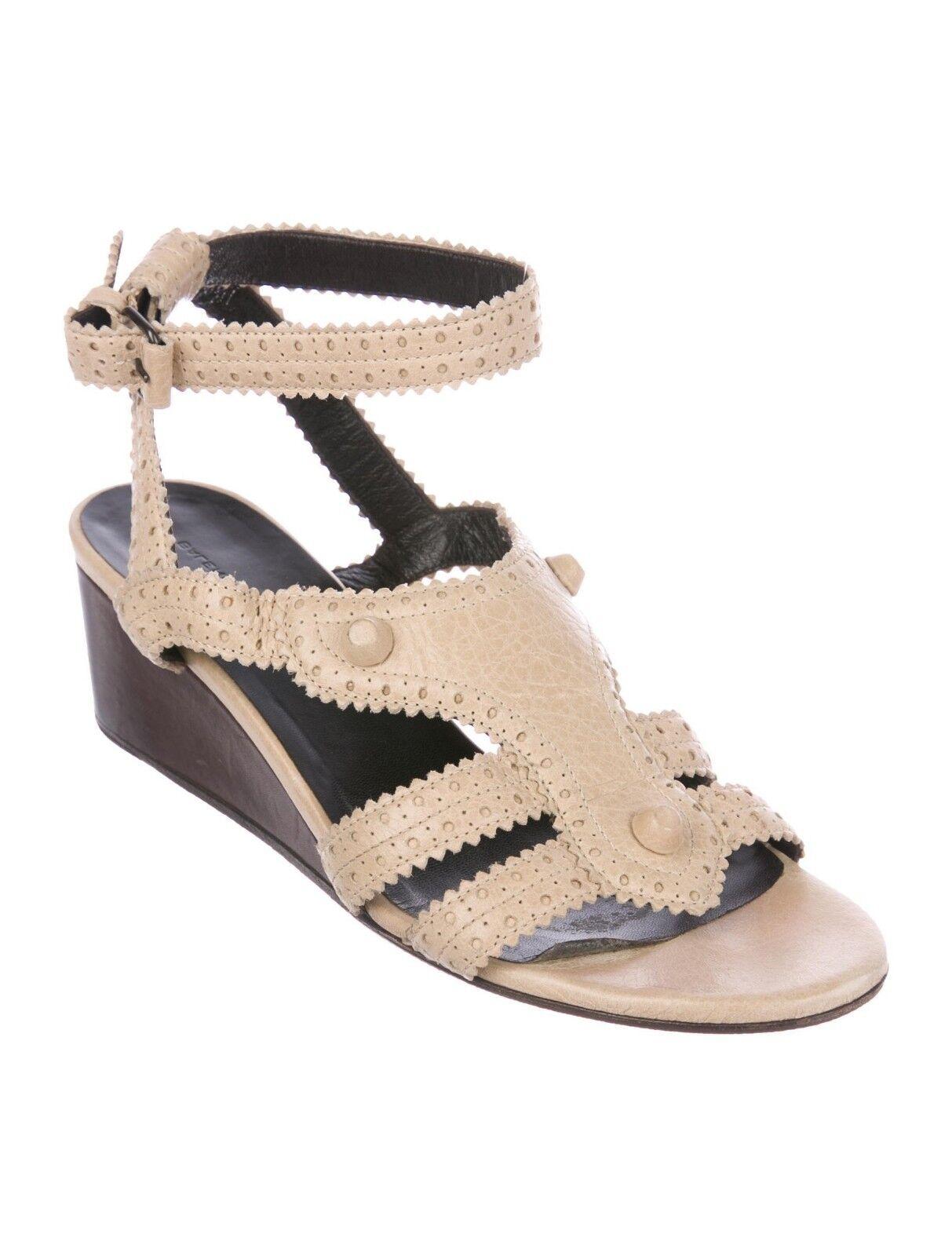 Balenciaga Stud Agneau Agneau Agneau Leather Brogue Sandal Wedge 35.5 5 Ankle Strap Tan Beige 5e5cd6