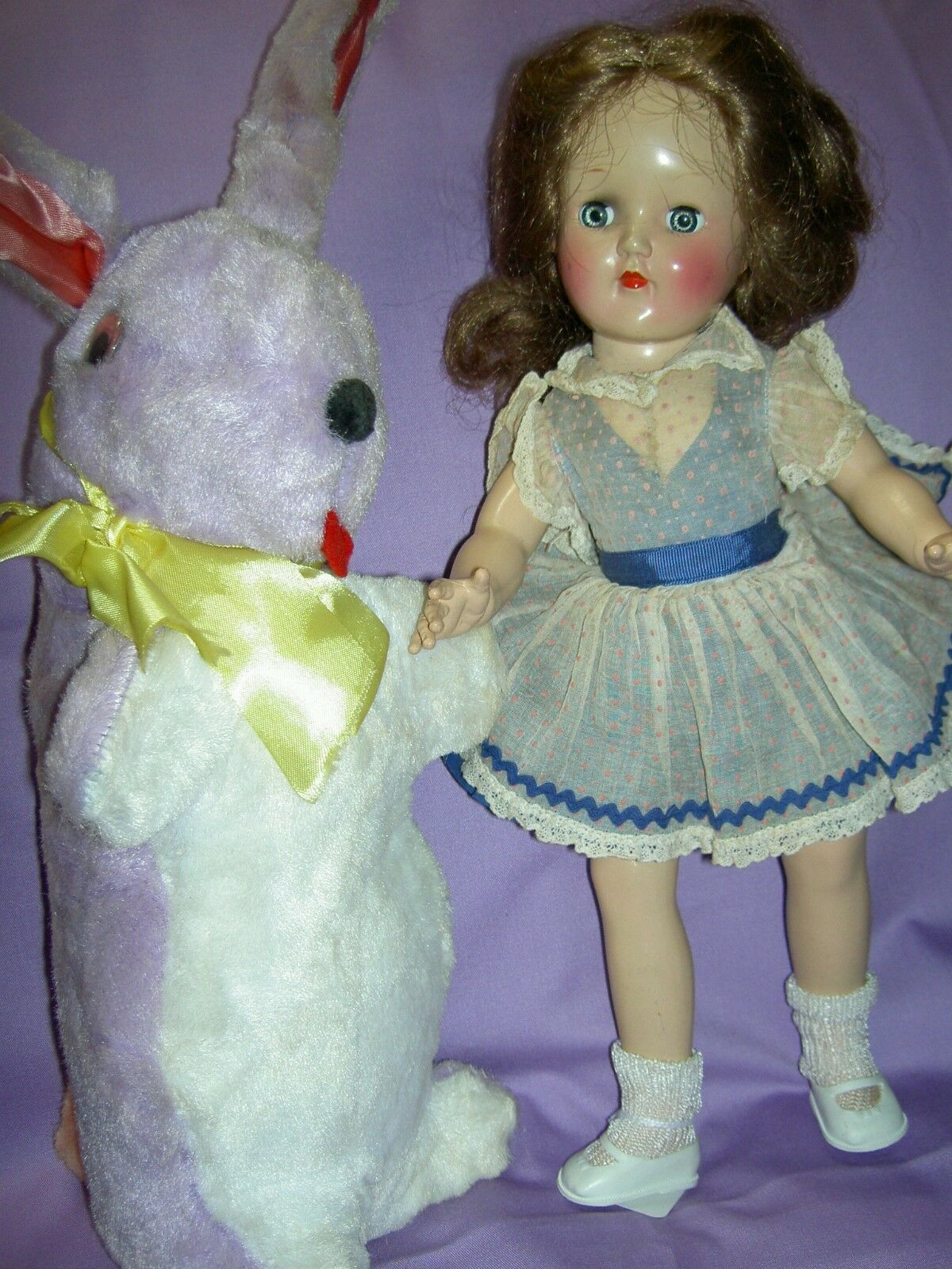 Beautiful Ideal TONI P90 hard plastic 14  doll 1949