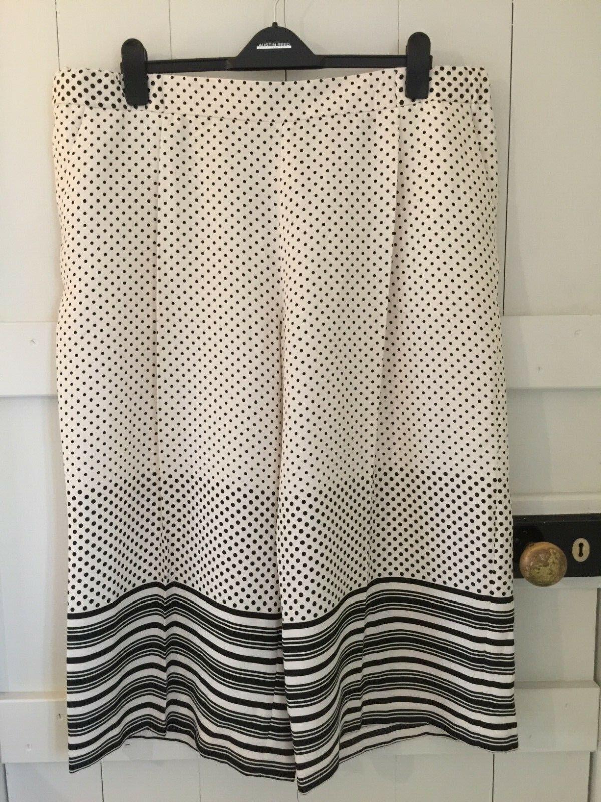 TOPSHOP maternity culotte trousers, UK size 18, BNWT, polkadot & stripes.