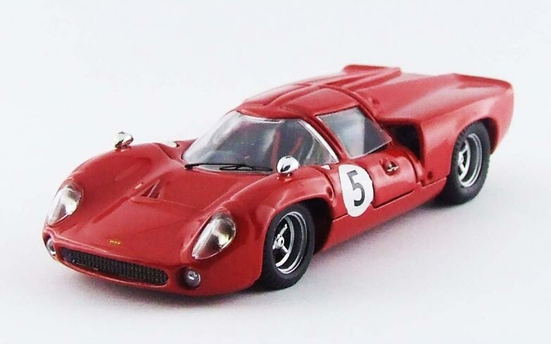 BEST MODEL BES9582 - Lola T70 coupé 1er GP Suède - 1967