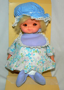 Dolls & Bears Musical Baby Sleep A Bye Vintage Wind Up Lullaby Shelf Sitter Head Moves Dolls