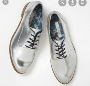 Silver Oxford Wingtip Brogue Lace Up