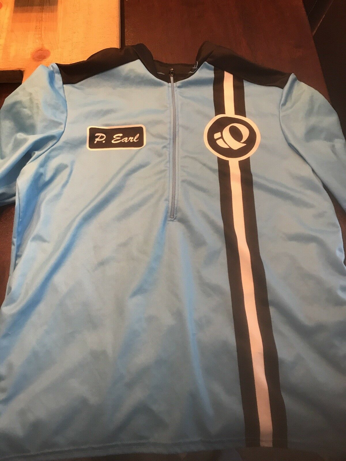 Pearl Izumi Retro Jersey- Large light bluee