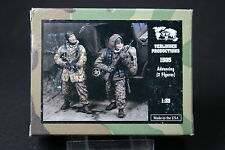 ZA640 VERLINDEN PRODUCTIONS GERMAN ADVANCING WWII 2 FIGURES Ref 1505 1/35 NB