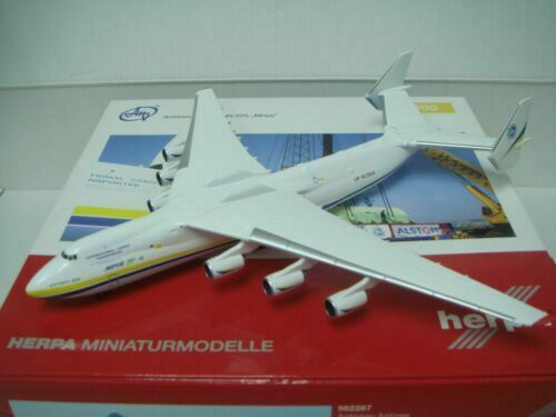 HERPA WINGS 400 Antonov Design bereau AN-225  2010  S couleur  1 400  loisir