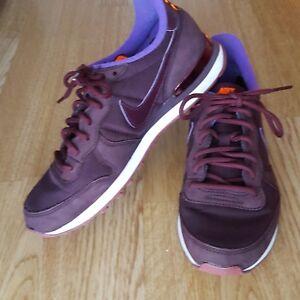Burgundy 4 Internationalist 37 5 5 Size Trainers Nike f41A6WW