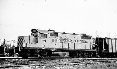 #375 Black /& White Print Norfolk Southern NS