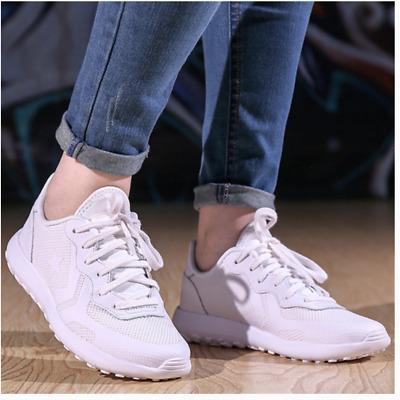 converse thunderbolt white Shop Clothing & Shoes Online