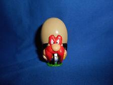 TWEETY BIRD SOCCER PLAYER BALL FOOTBALL Mini Figurine LOONEY TUNES Kinder Figure