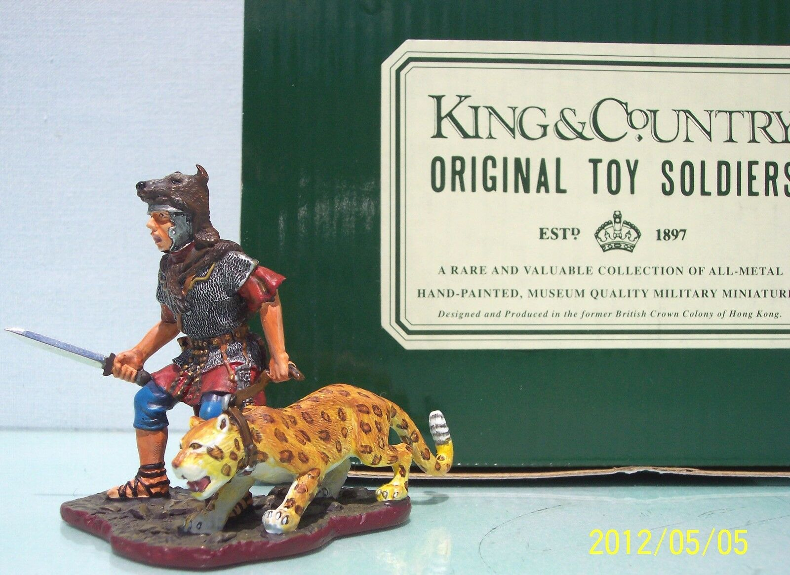 KING & COUNTRY ROMAN EMPIRE RO18-RE LEGION MASCOT MIB