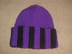 b9a16e87cae70 Women s Purple   Black Cable Knit Beanie Cap Hat One Size Winter ...
