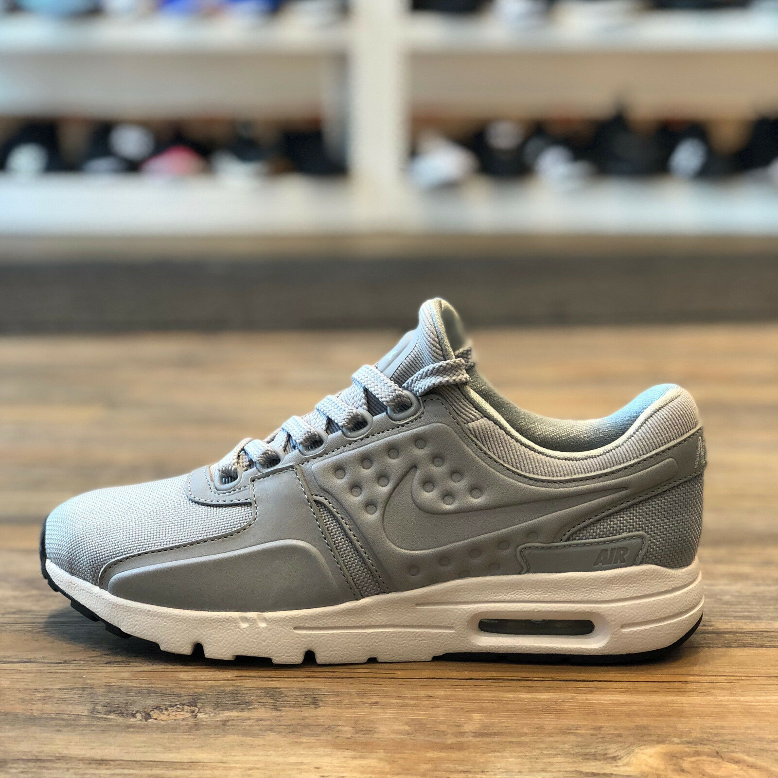 the latest ac7b3 b6f73 Nike Air Air Air Max Zero taille 38 Chaussures Sneaker Sport Fitness Femmes  90 1 Neuf 890199 004 f29c6b