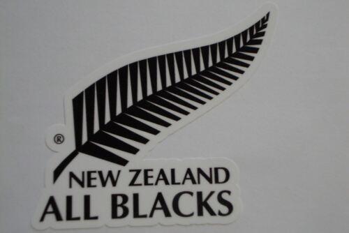 "2 x NEW ZEALAND   CRICKET  STICKERS    3/""  BATS CAR WINDOWS    ENGLAND"