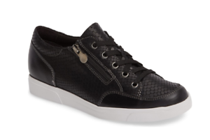 Munro Gabbie Women's Black Leather Sneaker Sz 9 2484