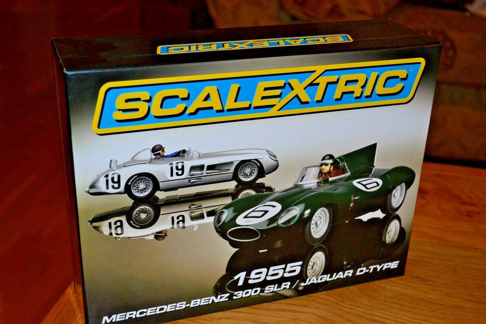 Scalextric 1955 Mercedes-Benz 300 SLR and Jaguar D-Type boxed set C3058A