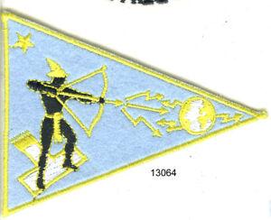 13064 . ECUSSON BRODE . ARMEE DE L'AIR - France - ECUSSON BRODE : ARMEE DE L'AIR AVERS.REVERS :BON ETAT - France