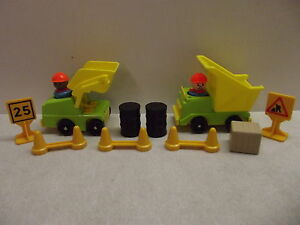 FISHER PRICE LITTLE PEOPLE CONSTRUCTION SET 100% COMP