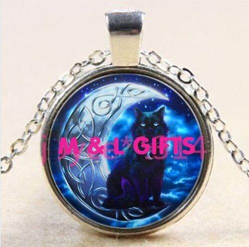 Vintage Fashion Fine Jewellery Women's Celtic Cat & Moon Glass Cabochon Necklace