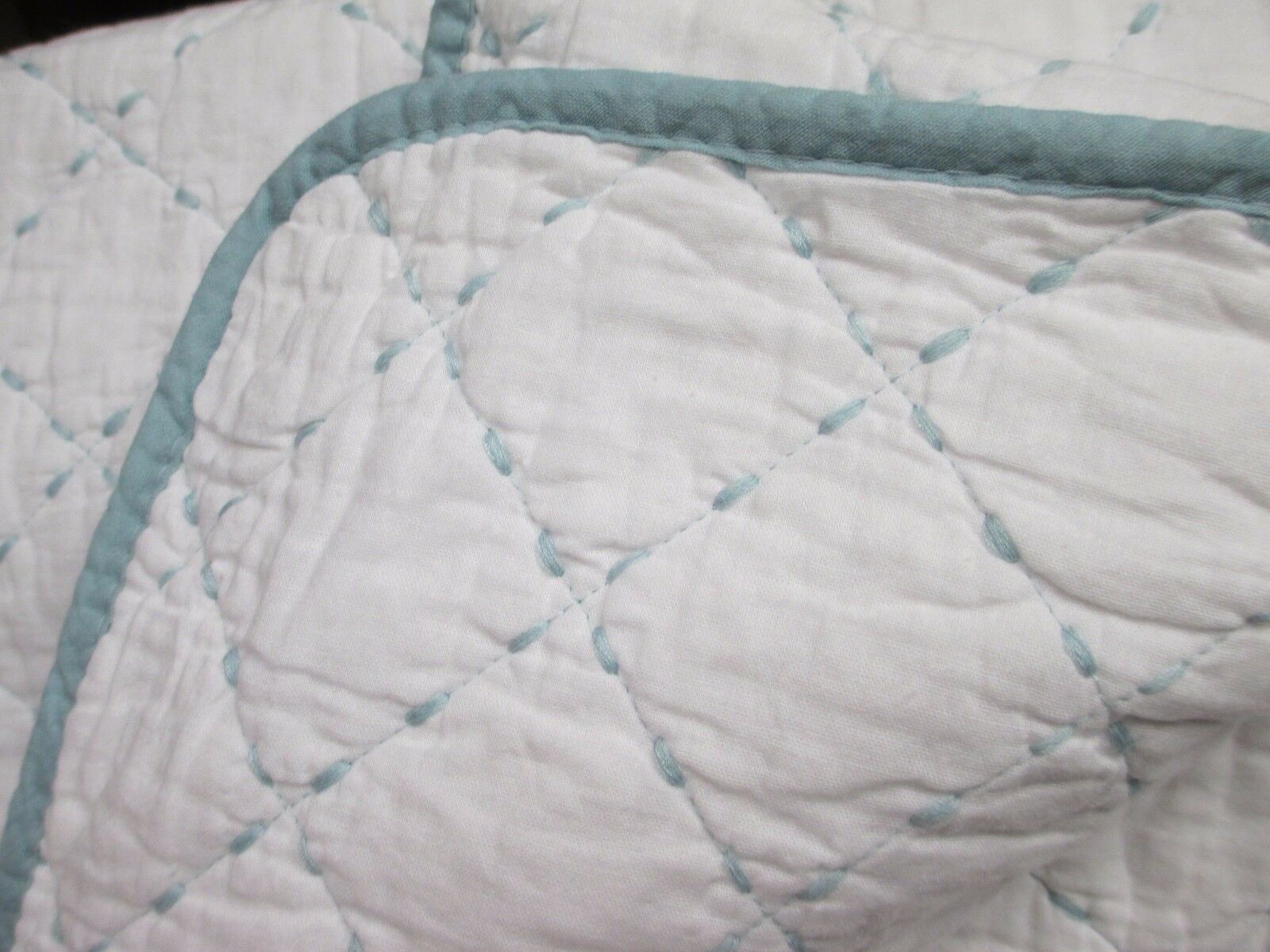 TAHARI Cotton 3pc Weiß Aqua Blau Stitched Diamond Quilt & Shams - Full Queen