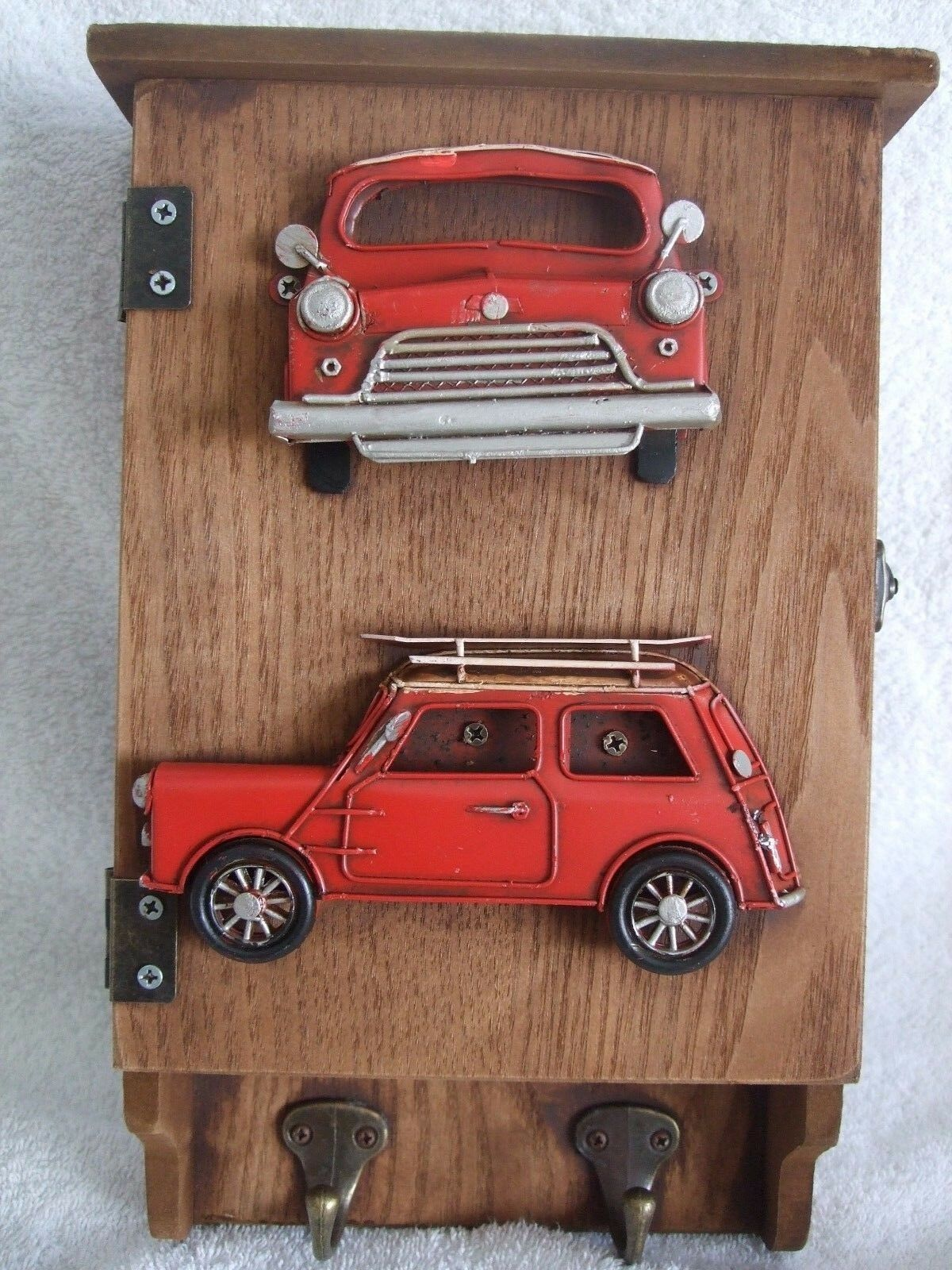 Decorative Wall Hanger Car Key Box Hand Painted  Ornament  Gift Red Mini
