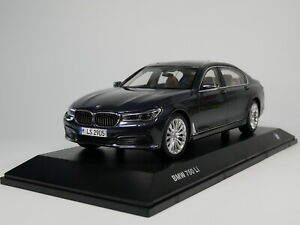 1-18-Scale-BMW-7-Series-750-Li-2017-Grey-Diecast-Car-Model-Toy-Collection-Gift