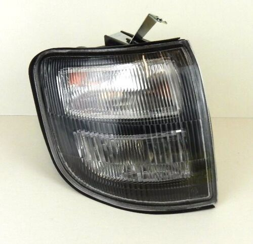 MITSUBISHI PAJERO SHOGUN MK2 97-99 INDICATOR REPEATER LIGHT LAMP O//S FRONT RIGHT
