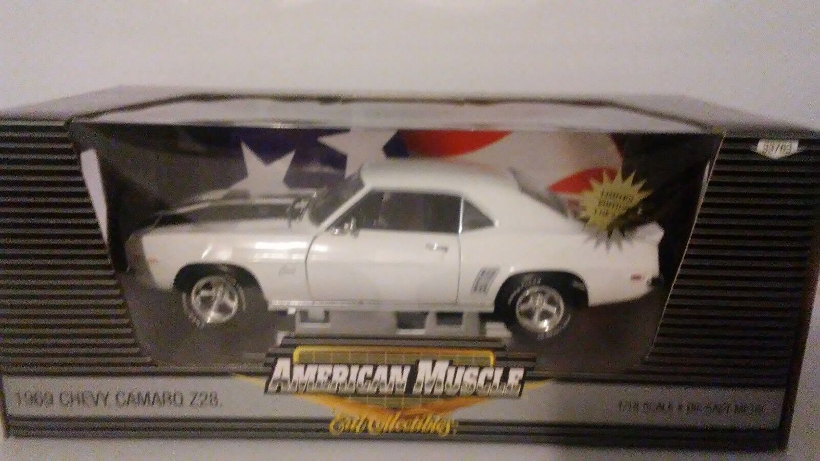1969 Chevy Camaro Z28 American Muscle 1 18 Scale Die Cast