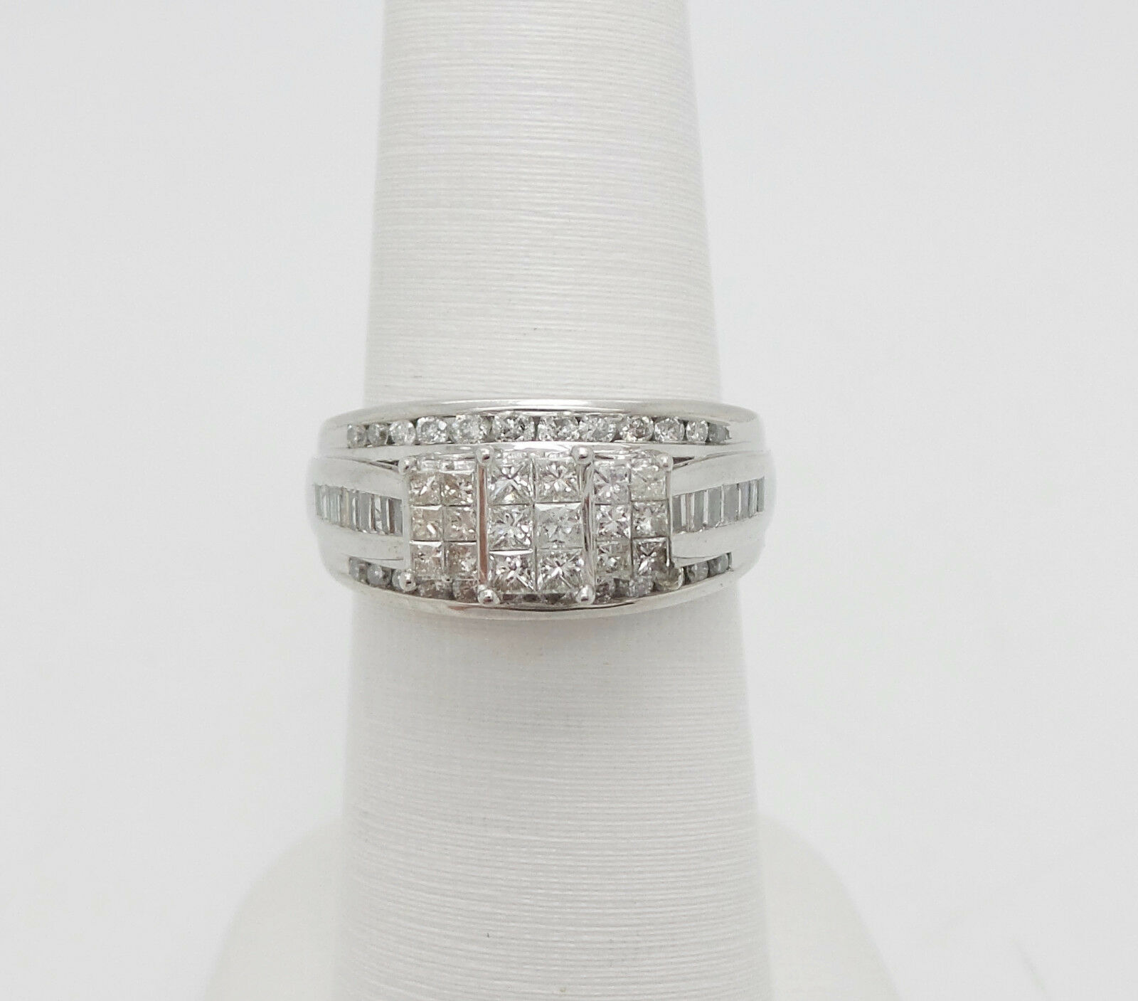 Zales 1CT Princess Cut Diamond Engagement Wedding Bridal Ring 14K White gold