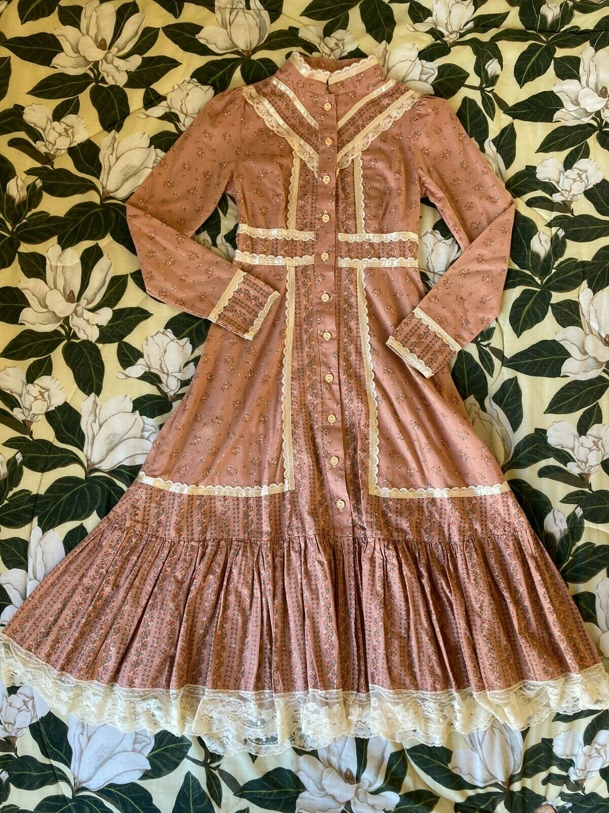 Vintage Prairie Gunne Sax Pink Floral Dress - image 1