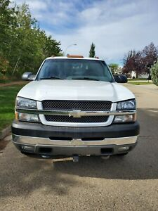 2004 Chevrolet Silverado 3500 Base