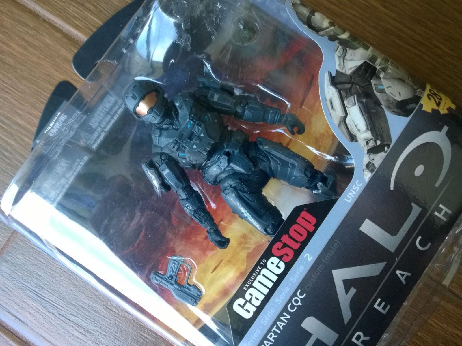 GameStop exclusive Halo Reach Series 2  Steel CQC  Action Figure (Xbox) new MINT