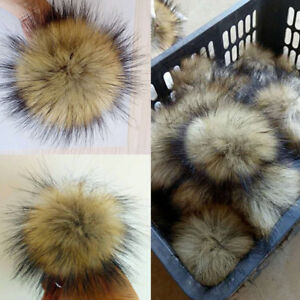 2x 10cm Large Faux Raccoon Fur Pom Pom Ball with Press Button for Knitting Hat