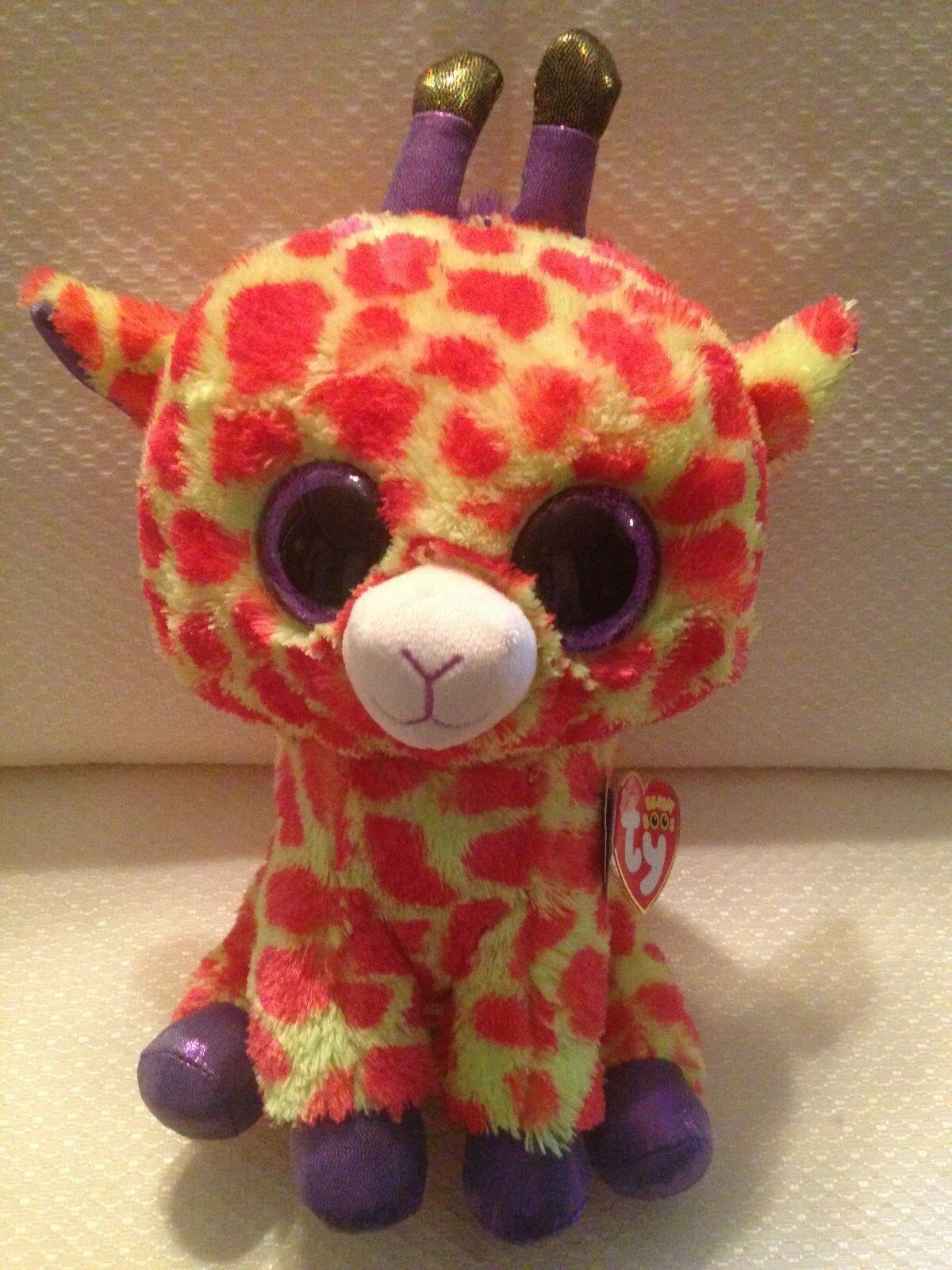Brand New with tags TY Beanie Boo Darci Giraffe 9 in  Retired Justice Exclusive