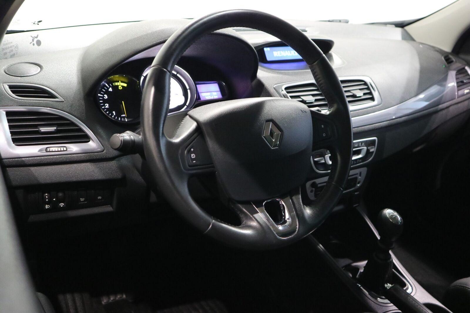 Renault Megane III 1,5 dCi 110 Expression Sport Tourer - billede 8