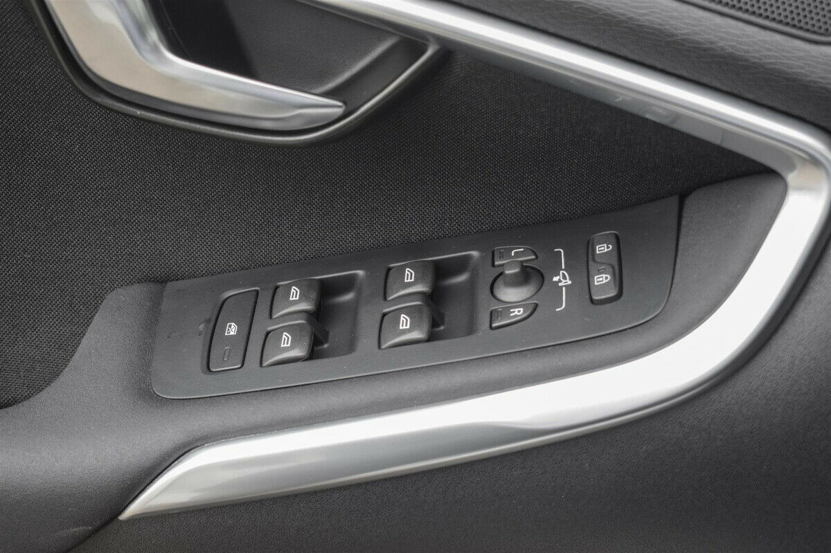 Volvo V40 2,0 D2 120 Momentum - billede 11