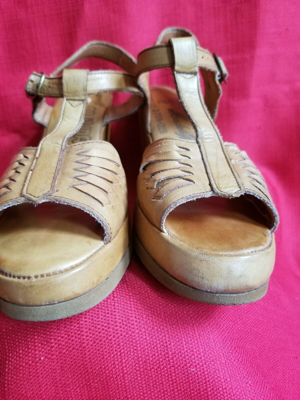 Vtg 1970s does 40s Leather Wedge Sandals Size 7.5… - image 5