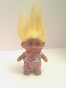 1991-TNT-Troll-Doll-Yellow-Hair-Floral-Summer-Shorts-amp-Top-5-inches-tall