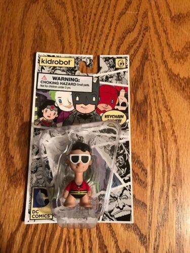 "New New in Box Plasticman-Kidrobot DC COMICS 1.5/"" Vinyle KEYCHAIN SERIES PLASTIC MAN"