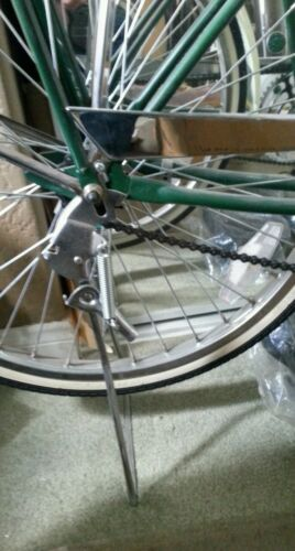 """NEW  CHROME TRADITIONAL VINTAGE TYPE KICKSTAND FOR 26/"""" CRUISER BICYCLES"""