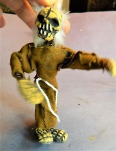 Mexican-Day-of-the-Dead-Clay-Spring-Shaky-Wiggle-Skeleton-Friar-with-Tunic