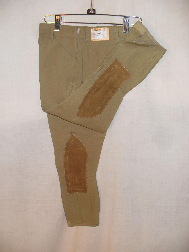 NEW YOUTH Größe 8 BEIGE 2 WAY BREECH BY THE TAYLGoldt SportMAN USA